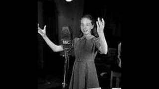 12 year old Julie Andrews~Polonaise; Je suis Titania - Mignon