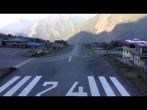 Great flight to lukla airport 2014  June http://nepalguideinfo.com/everest-trek/