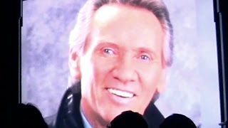 Bill Medley - Unchained Melody (Tribute To Bobby Hatfield)