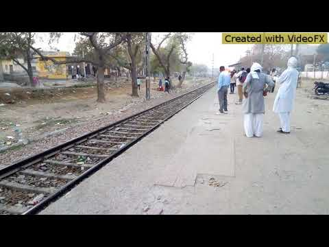 Travelling in local Indian train ( Northern Railways)