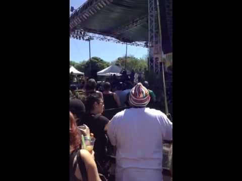 Praising- Groundation- Live at Cali Roots 2014 mp3