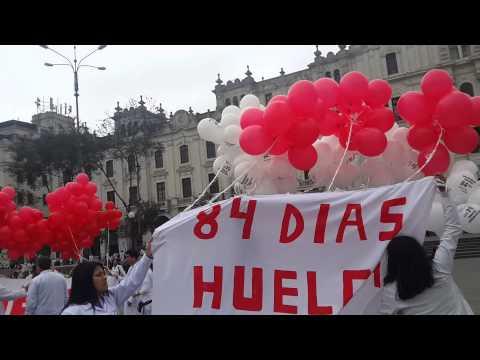FEDERACION MEDICA PERUANA 04-08-14 A 84 DIAS DE HUELGA INDEFINIDA