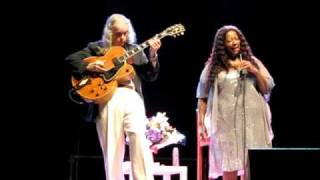 Tuck & Patti - Time after time (live in Cecina)