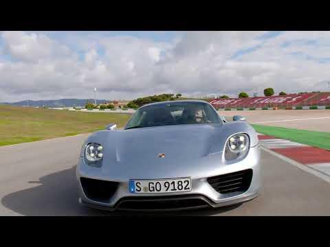 Porsche 918 Spyder in Liquid Metal Chrome Blue at Hybrid Trackdays