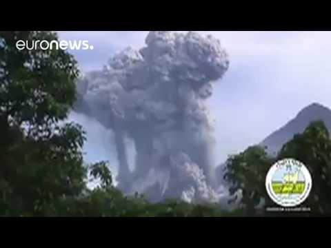 Erupción del volcán Santiaguito (Guatemala)