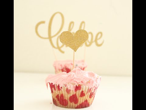 Glitter Cake Toppers - Birthday Party Inspirations from Etsy