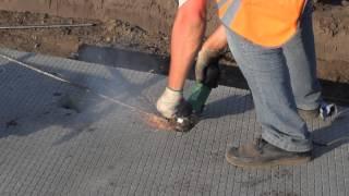 видео Как обслуживать и ремонтировать  тротуарное покрытие