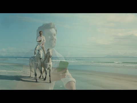 "Bingle Car Insurance - ""Horses"" Cinema Commercial"