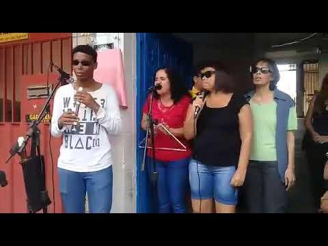 Claudete Xavier Com A Banda Cabra Cega, Vocalista Da Banda Alessandra Paiva