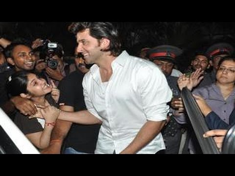 Hrithik Roshan's 'OBSCENE' Love letters from FANS!