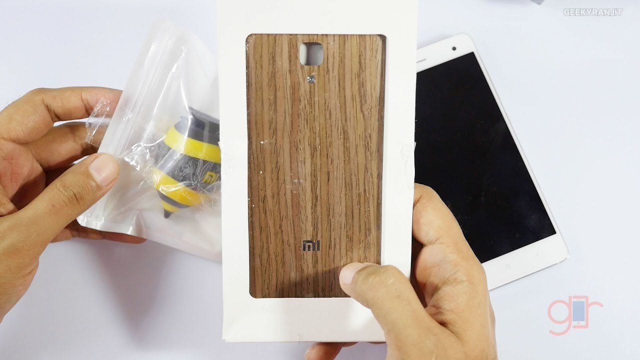 timeless design 5dea3 cc8d4 Replacing the Mi 4 back cover with wooden back cover