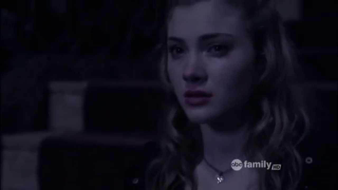 Download Skyler Samuels (Chloe) Chloe's Death Scene from The Nine Lives Of Chloe King