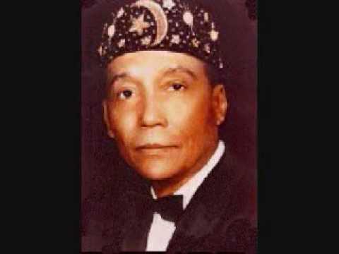 The Most Honorable Elijah Muhammad Praises The Honorable Minister Louis Farrakhan