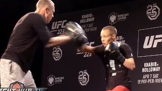 ROSE NAMAJUNAS LOOKING LIKE A BEAST ON THE MITTS DAYS AWAY FROM JOANA REMATCH!