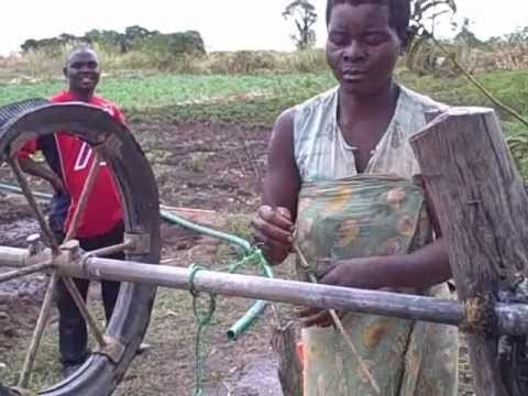Rope pumps in Malawi: Water, Food and Income