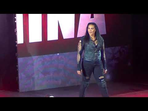 wwe live santiago 2017 intro naomi y becky vs tamina y carmella from YouTube · Duration:  5 minutes 15 seconds