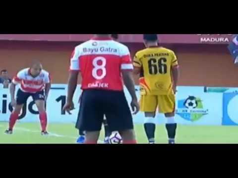 Goal Cepat PETER ODEMWINGIE Buktikan Kelasnya Sebagai Marquee Player Terbaik Go Jek Traveloka Liga 1