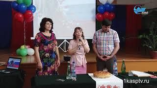 Министр по делам молодежи РД  поделился формулой успеха с учениками первой школы Каспийска