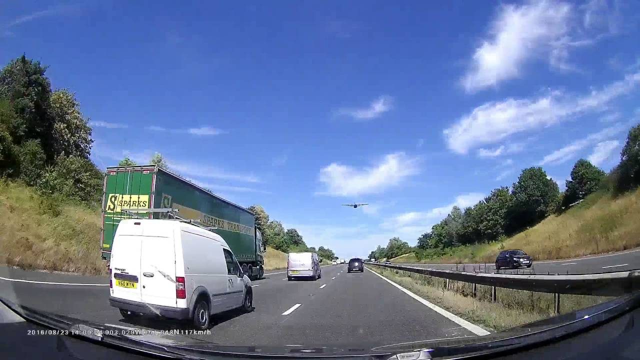 Low flying plane on M5 northbound