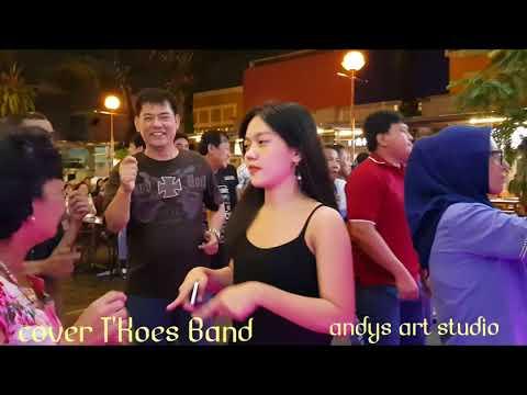 Kolam Susu.  By Tkoes Band