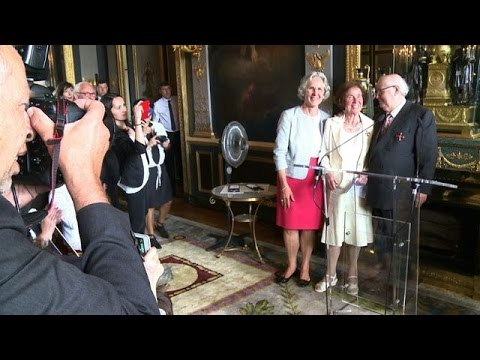 Famous 'Nazi-hunters' granted German award