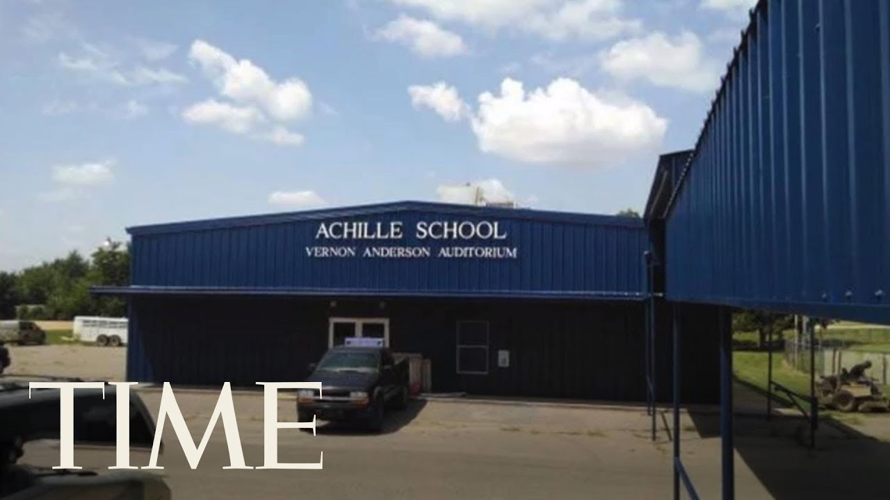 Oklahoma School Closes For 2 Days After Parents Threaten Transgender 7th Grader On Facebook | TIME