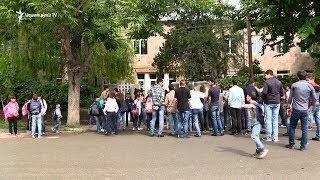 Դալարի դպրոցում դասադուլ է՝ պահանջում են ՀՀԿ-ական տնօրենի հրաժարականը