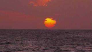 Nesian Mystik [Feat MC Arme, Adeaze, 3HD, Silva, Indira] - Sun Goes Down [Remix]