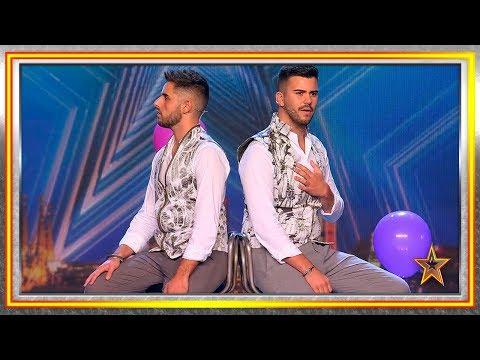 Pareja De Novios Gay Canta A La Libertad Y Al Amor Libre | Audiciones 2 | Got Talent España 2019