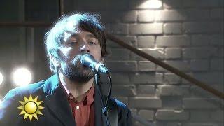 Peter Bjorn and John - Breakin' point (Live) - Nyhetsmorgon (TV4)