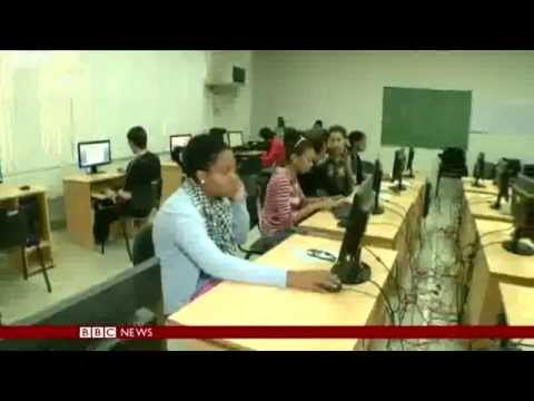 Cuba  keen to update poor telecommunications    BBC News
