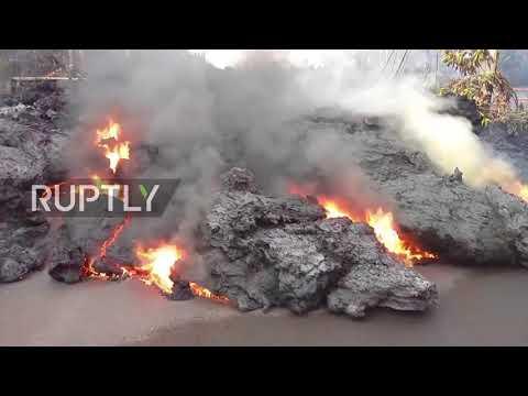 USA: Lava flows continue to consume Hawaiian roads