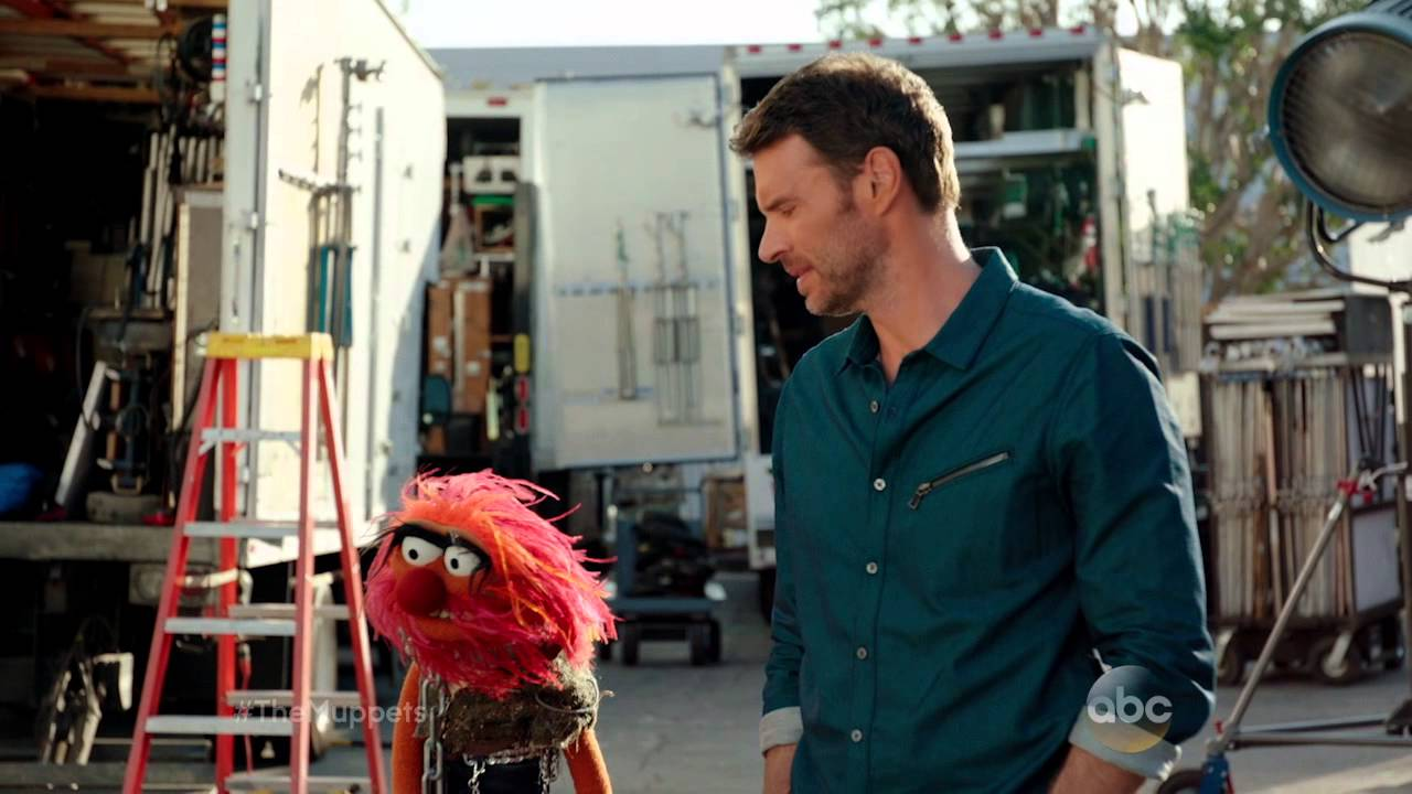 Small Talk with Scott Foley and Animal - The Muppets
