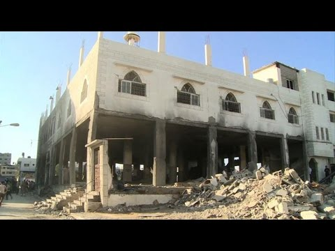 Gazans discover a destroyed mosque after Israeli air strike