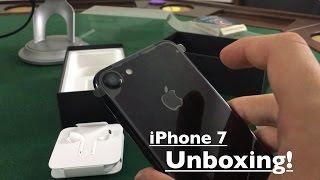 iPhone 7 Unboxing & First Impressions: Jet Black is Beautiful!