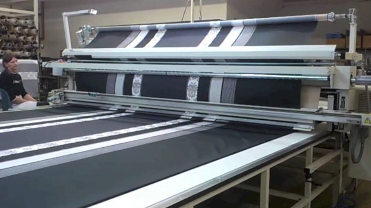 ein besuch bei der textilmanufaktur elegante bettw sche made in germany youtube. Black Bedroom Furniture Sets. Home Design Ideas