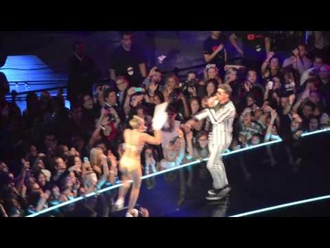 2013 VMAs Part 1