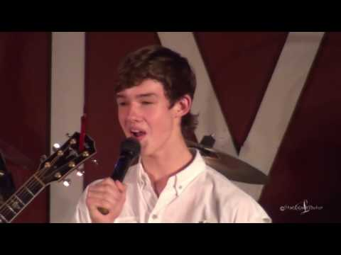 Andrew Tompkins at The Gladewater Opry 9 17 16 God Bless The U S A