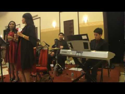 EKKLESIA ENTERTAINMENT - Fall Into My Love (acoustic Version)