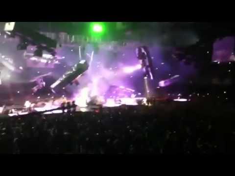 Acidente Durante O Show Do Metallica No  México - 28/07/2012