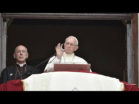 Papa termina viagem sul-americana em que pedofilia foi tema incómodo