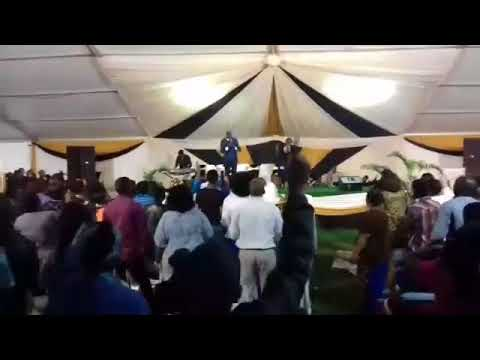 Pst. Linda Makhaye and Sis Nokulunga - Bethembi igazi lemvana  @ God s Army 2018
