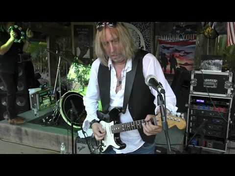 Paul Nelson Tearing It Up : Guitar Solo  -  Suzie Q