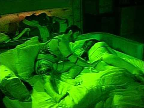 BBB12 Laisa e Yuri fazem o no quarto do Líder depois da ...