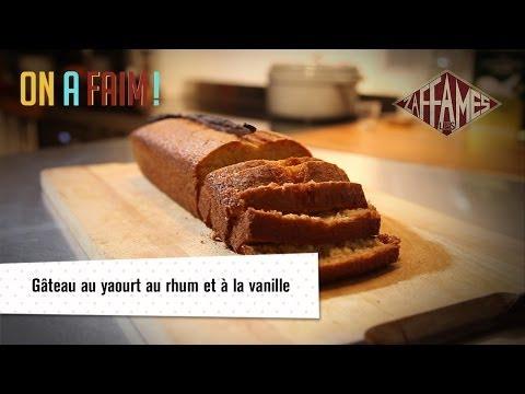 recette-de-gâteau-au-yaourt-au-rhum-et-à-la-vanille.-on-a-faim!