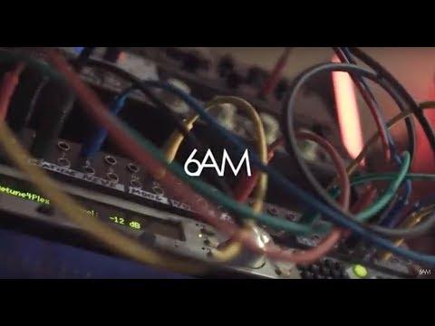 Alex Font recording Global Vibe Radio Mix live in his studio! VINYL Only