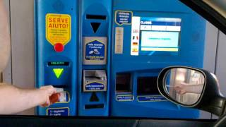 A motorway ticket in Italy - without cashier  Bilet autostradowy we Woszech - bez kasjera