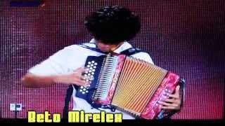 Jhonivan Saenz en Mexico Tiene talento 2014 Increible Acordeonista