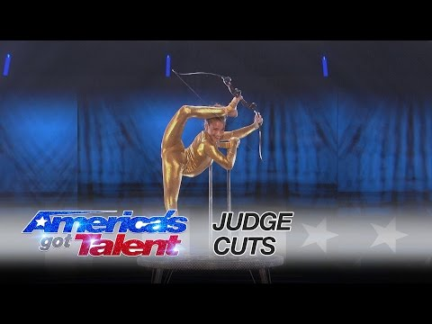 Sofie Dossi: Brilliant Performance Earns Her the Golden Buzzer – America's Got Talent 2016