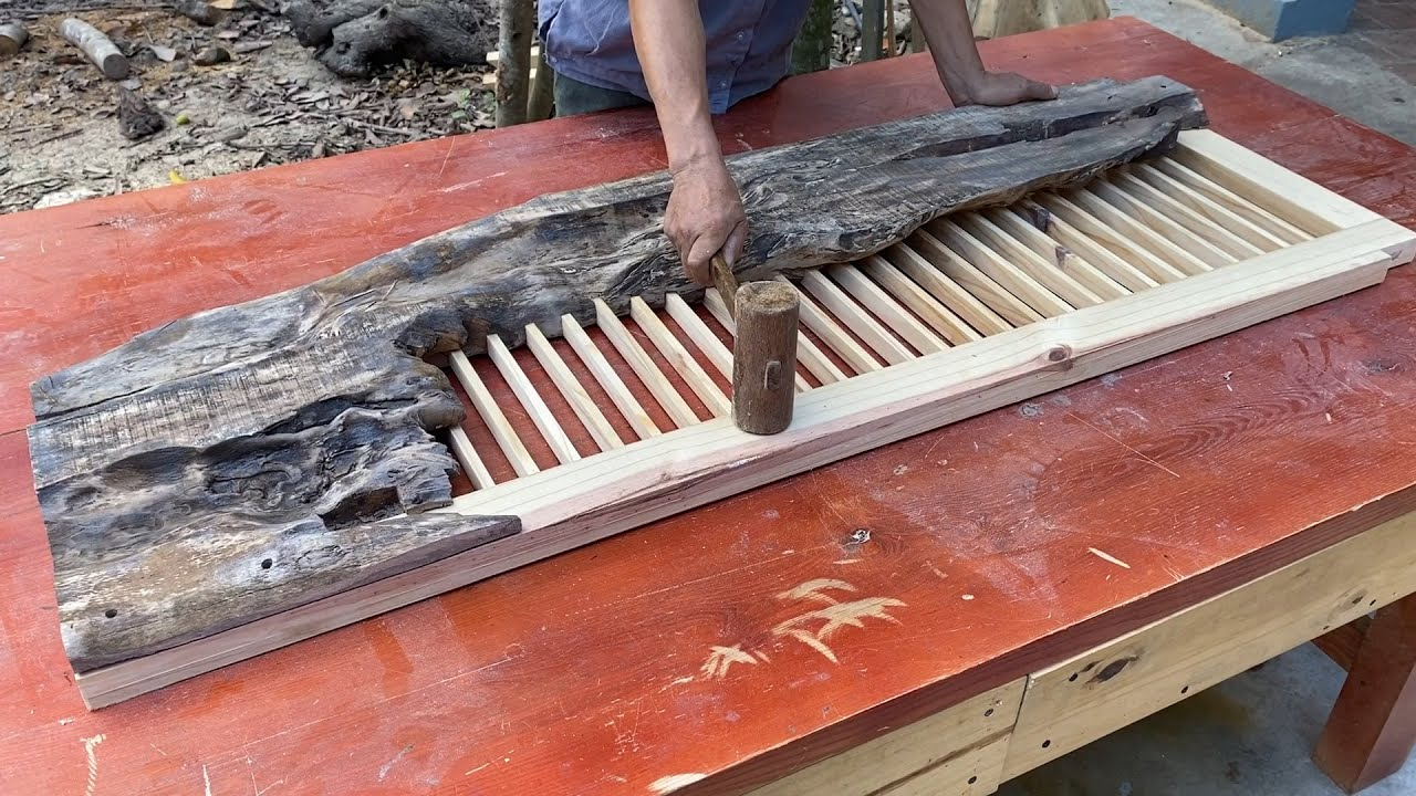 Great Wood Recycling Plan From Discarded Wood Panels // Build A Unique And Extremely Creative Table